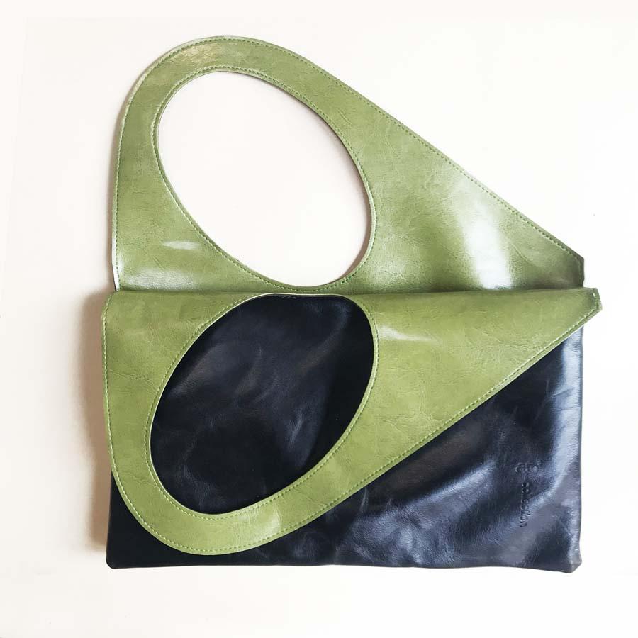 small-pelle-nera-verde