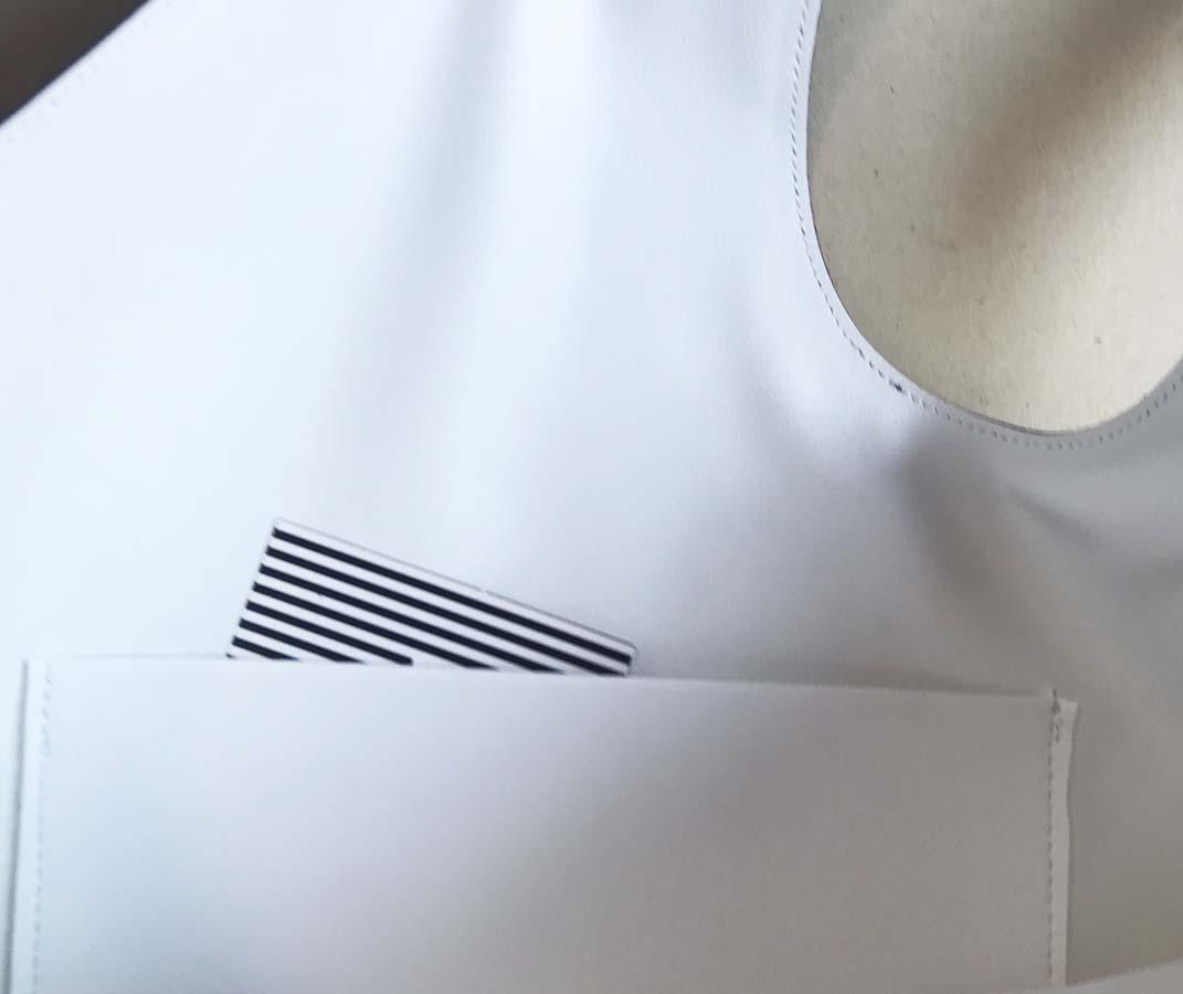 tasca interna bianca